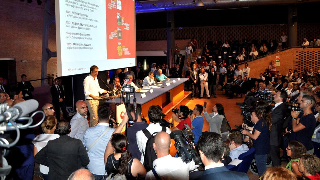 Firmato l'Accordo di Programma Quadro per la ricostruzione del Science Centre di Città della Scienza.